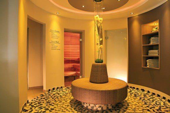 Der Wellnessbereich ist schon von seiner Gestaltung und Einrichtung her ein echter Genuss. - Foto: Flair Hotel Nieder