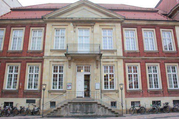 Das Kunstmuseum Pablo Picasso Münster zieht mit seinen Sonderausstellung immer wieder zahlreiche Besucher nach Münster - Foto: Kunstmuseum Pablo Picasso
