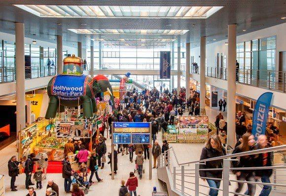 """Die Besucher am FMO Greven können sich auf der Messe """"Reise & Freizeit"""" über tolle Reiseangebote informieren - Foto: FMO"""