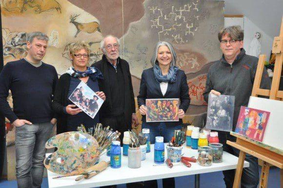 Stephan Marienfeld, Gudrun Schwarzer, Egon Stratmann, Beate Schiffer und Thomas Koch hoffen, dass viele Interessierte an der Ausstellung mitwirken möchten - Foto: Stadt Hattingen
