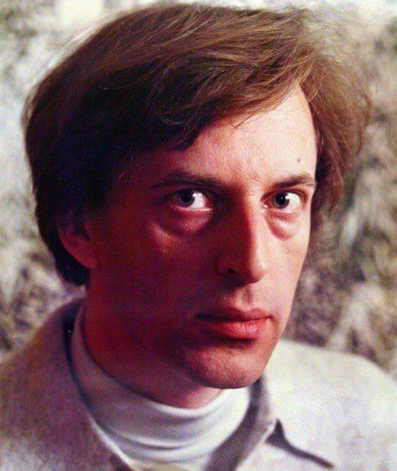 was ist ein essayist Dem 1995 verstorbenen österreichischen architekten ist ein raum der diesjährigen architekturbiennale gewidmet jan turnovsky, emigrierter tscheche, hatte.