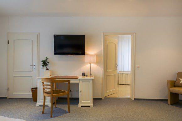 Einige Junior-Suiten sind mit einem Whirlpool oder mit einer Eckbadewanne ausgestattet