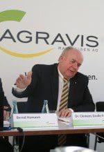 Umsatz gefallen, Gewinn gestiegen: AGRAVIS-Chef Clemens Große Frie bei der Vorstellung der Bilanz 2015 AGRAVIS