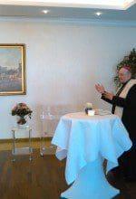 Einsegnung mit Bischof Genn im Hotel Kaiserhof
