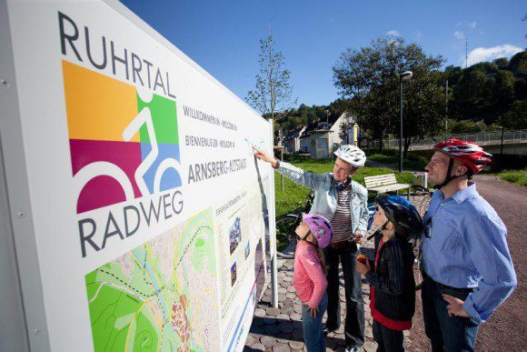 Der RuhrtalRadweg ist gut ausgeschilder, so dass niemand unterwegs verloren geht - Fotos: RuhrtalRadweg