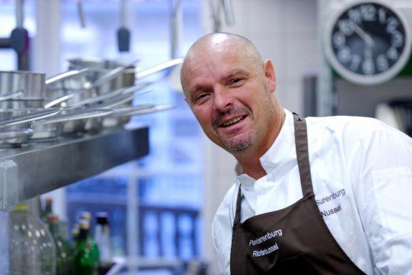 Chefkoch Richard Nussel weiß seine Gäste zu verwöhnen