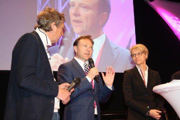 Auftaktveranstaltung zur Regionale 2016: Landrat Dr. Kai Zwicker (Mitte) mit Moderator Matthias Bongard und Regierungsvizepräsidentin Dorothee Feller