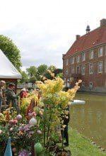 """Burg Hülshoff: Gartenmesse """"Gartenträume"""""""