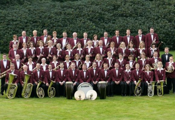 Blasorchester Isselburg tritt bei der Konzertreihe Trompentenbaum und Geigenfeige auf