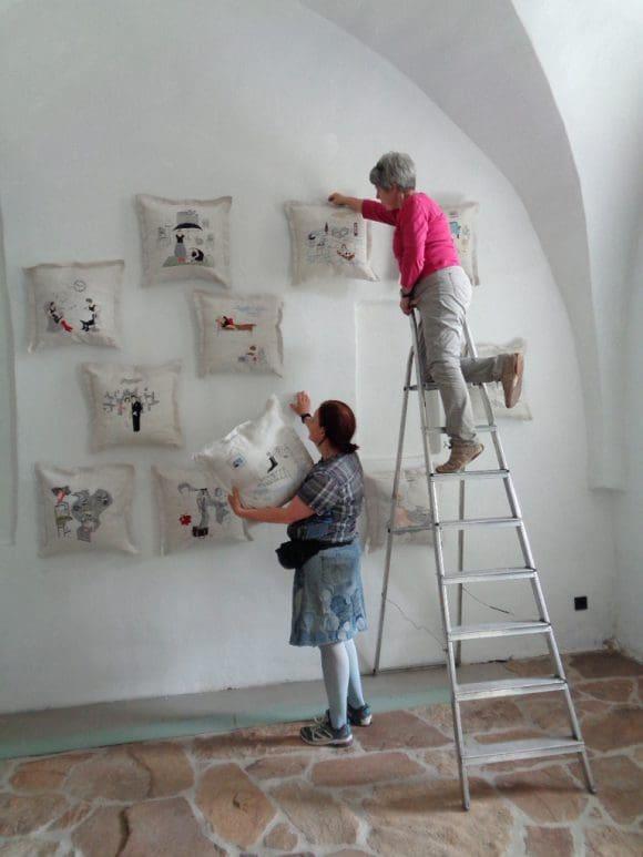 Die Vorbereitung für die Ausstellung laufen