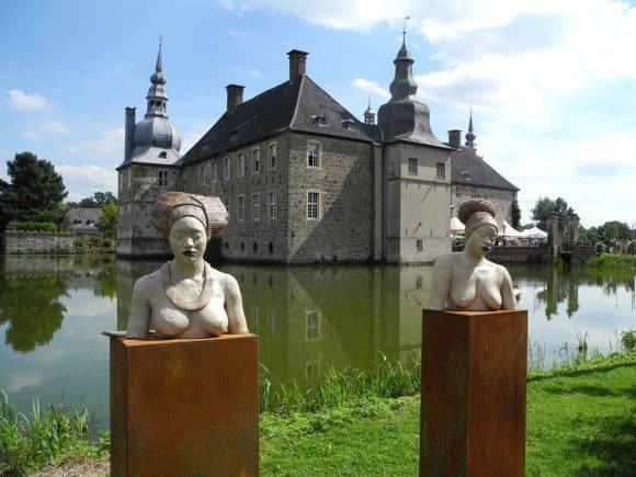 Fine Arts Kunsthandwerkermarkt auf Schloss Lembeck