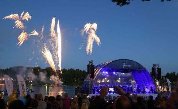 Als Höhepunkt der AaSeerenade findet am Samstagabend ein großes Feuerwerk statt