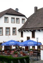 Klosterkrug: Gastlichkeit im Schatten des Klosters