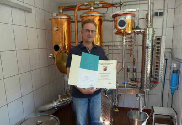 """Vierhasen-Brennerei: Alle Destillate wurden auf Anhieb mit """"Gold"""" ausgezeichnet."""