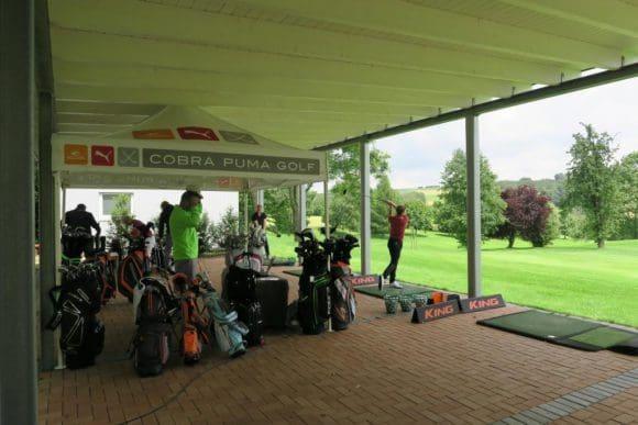 Schläger Demotage vom Golf House am GC Heerhof auf dem Sommerfest