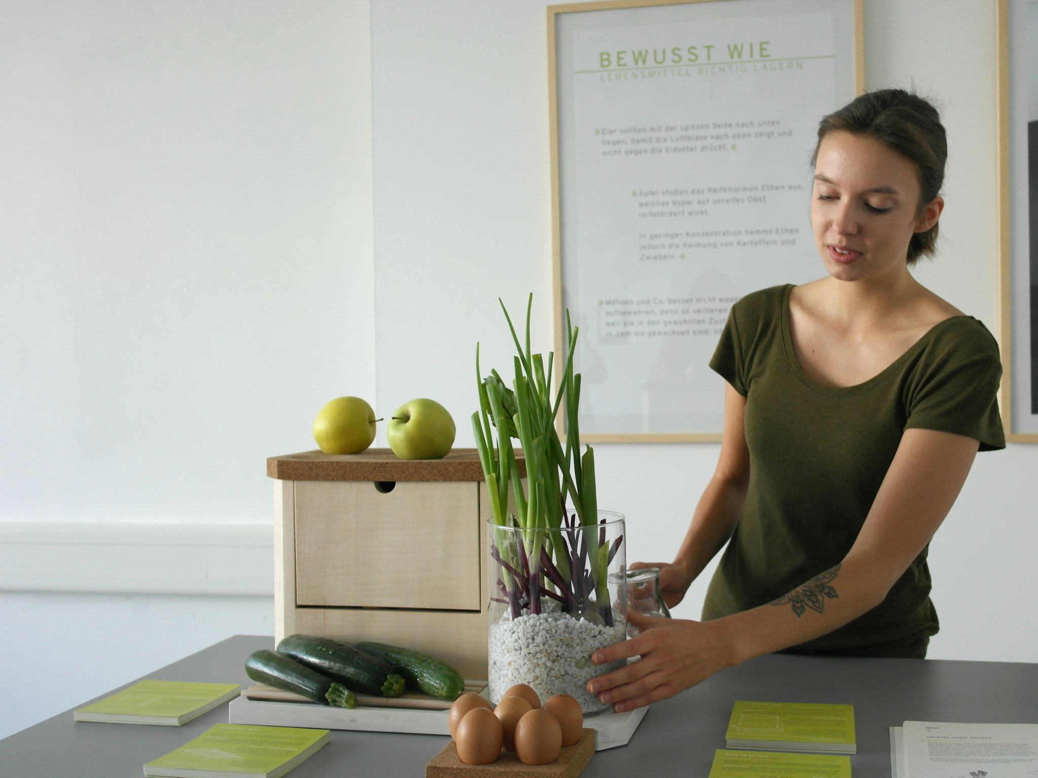 """Mit """"Bewusst wie!"""" zeigt Joana Schmitz, das nicht jedes Obst oder Gemüse in den Kühlschrank muss"""