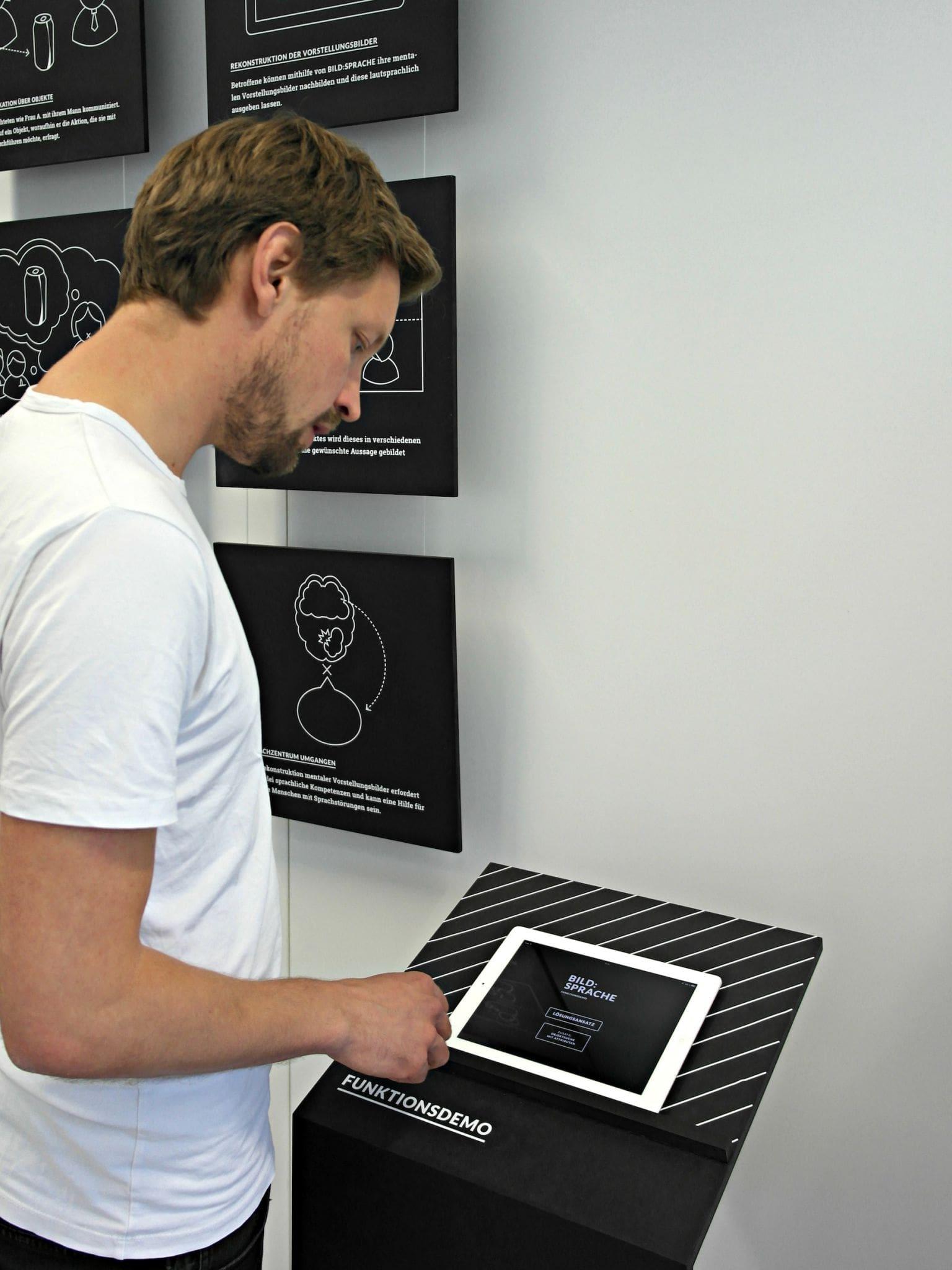 Fabian Ludwig (Bild) hat mit Andrej Focht eine Kommunikationshilfe für Sprechbehinderte erarbeitet