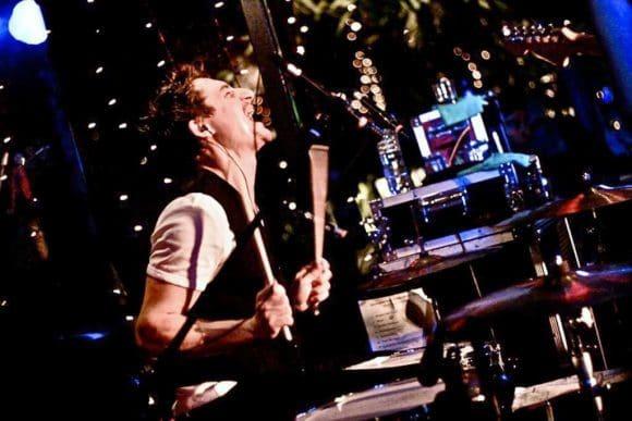 Schlagzeuger Stehle - Foto: Tebby Wibowo