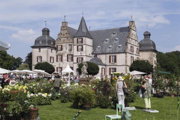 Außenansicht Schloss Bodelschwingh