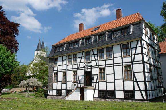 Neuer Blick auf alte Häuser in der Iserlohner Altstadt