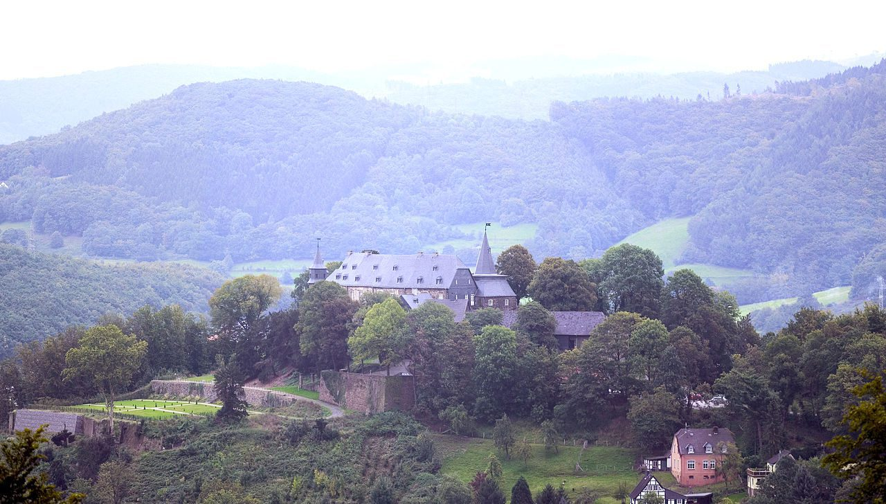 Schloss Hohenlimburg World Of Dinner Westfalen Erleben