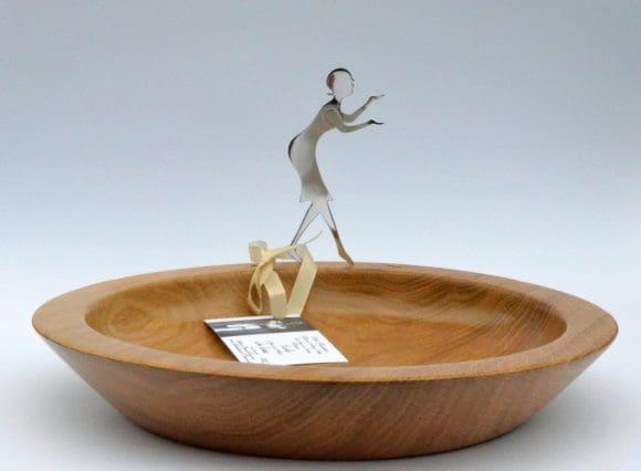 Holzschalen mit Silbergifur, erhältlich beim Novemberzauber bei Tante Malochen