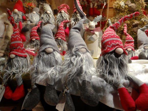 Weihnachtsdekorationen beim Weihnachtsmarkt Freilichtmuseum Hagen