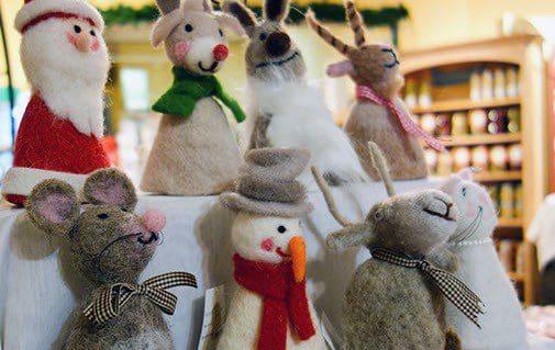 Fest fürs Auge: Der Hofladen ist weihnachtlicht dekoriert