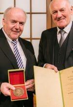Raiffeisen-Medaille für Dr. Clemens Große Frie