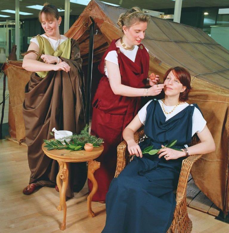 Spiele Schmuck Und Schonheit Im Alten Rom Westfalen Erleben
