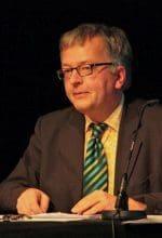 Oelde: Hans Zippert zappt und liest