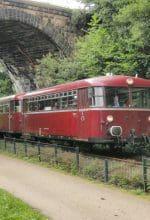 Nostalgisch reisen: Schienenbusfahrten im Ruhrtal