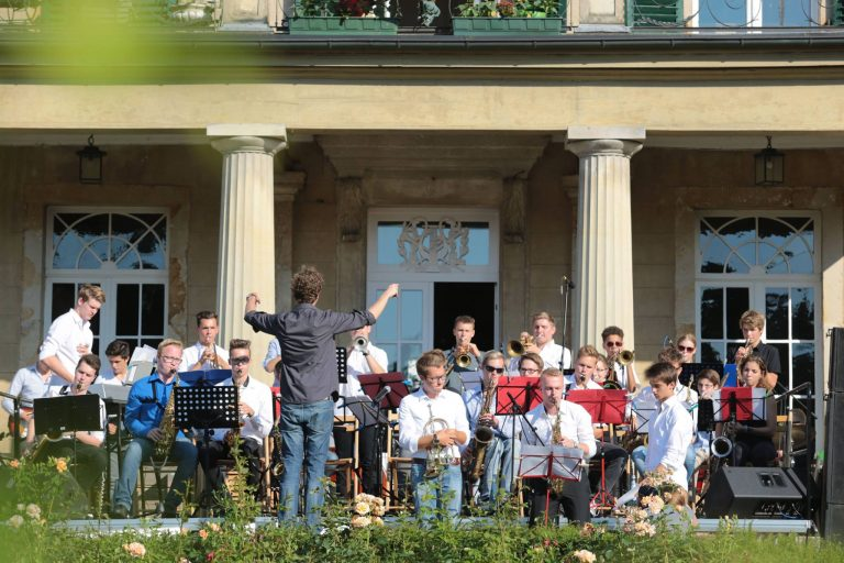Cooler Jazz vorm Herrenhaus Brückhausen