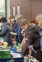 Nienborg: Buntes Treiben auf dem Clemensmarkt