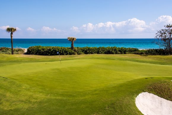 "Golf in Florida: Unterwegs auf dem 18-Loch-Kurs ""Golf on the Ocean in Palm Beach"