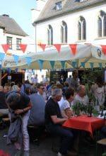 Attendorn: Weinfest auf dem Alten Markt