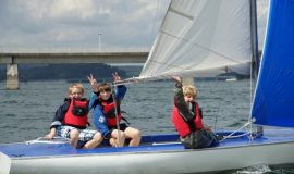 Möhnesee: Kids lernen in den Yachtschulen