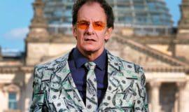 """Kabarett in Coesfeld: """"Macht! Geld! Sexy?"""""""