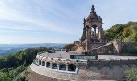 Porta Westfalica: Majestät bitten zu Tisch