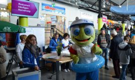 Paderborn Flughafen feiert den Frühling