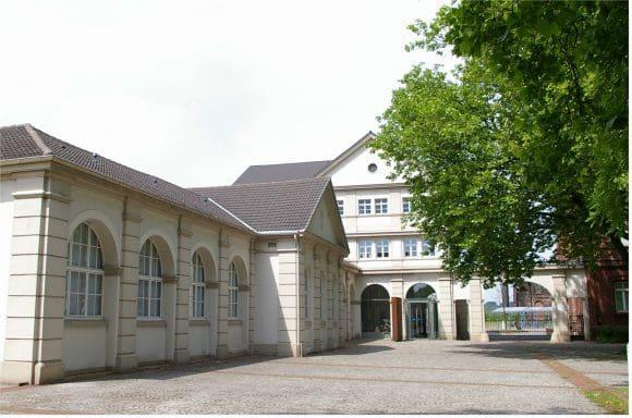 Ruth Baumgarte im Hoesch-Museum