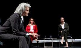 Brisante Frage an die Ethik: Borchert Theater