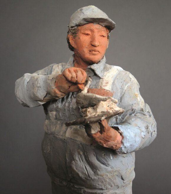 Keramik-Skulpturen beeindrucken die Besucher