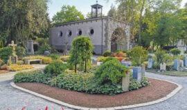 Werl: Der Parkfriedhof - Grabstellen und Natur