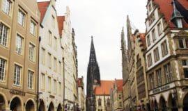 Querdenker gab's im Mittelalter - sagt der Kiepenkerl