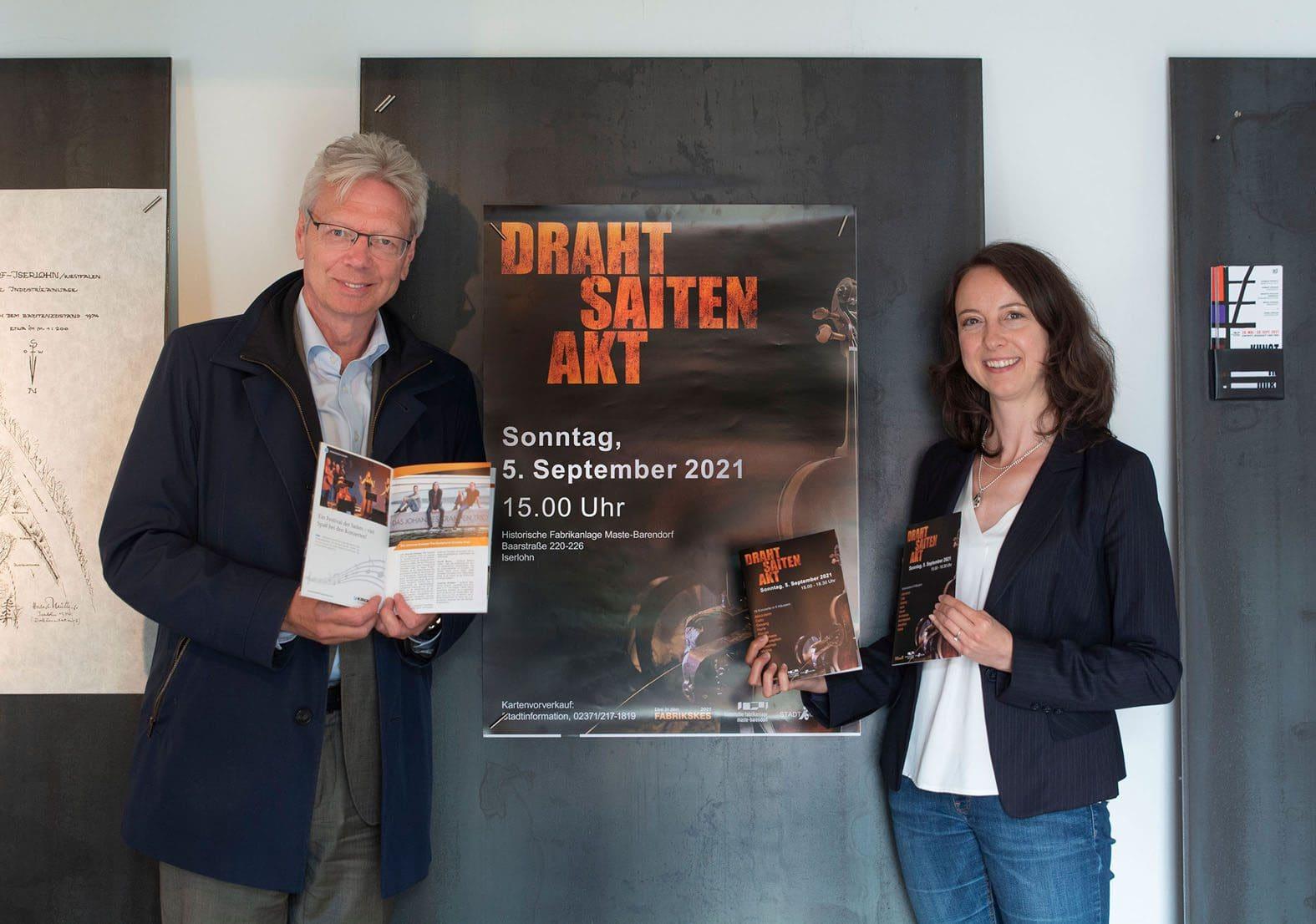 """Zum """"DrahtSaitenAkt 2021"""" laden Prof. Thomas Kirchhoff und Museumsleiterin Dr. Sandra Hertel am 5. September in die Historische Fabrikanlage Maste-Barendorf ein. Foto: Veranstalter"""