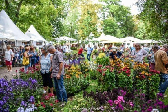 Viele Entdeckungen beim British Weekend auf Rittergut Remeringhausen