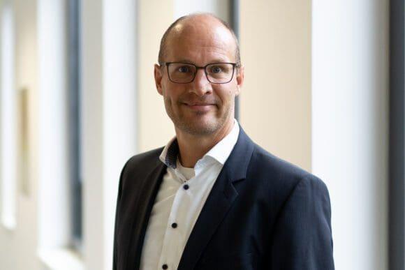 Prof. Dr. Alexander May ist Gründungsdekan der ersten neuen Fakultät an der RUB seit 1985 - Foto RUB, Kramer